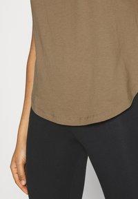 Good American - STRONG SHOULDER TANK - Basic T-shirt - taupe - 6