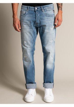 Straight leg jeans - destroyed
