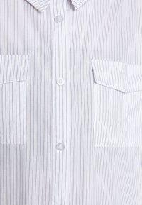 Missguided - STRIPE POCKET DETAIL  - Blůza - white - 6