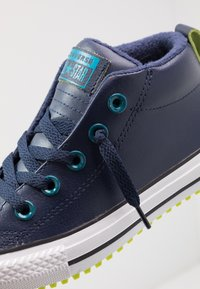 Converse - CHUCK TAYLOR ALL STAR STREET WARMTH - Sneakers high - obsidian/green abyss/bold lime - 5