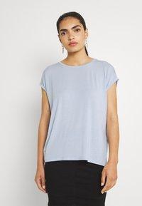 Vero Moda - VMAVA PLAIN  - T-shirt basic - blue fog - 0