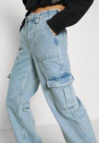 BDG Urban Outfitters - SKATE JEAN - Cargobukse - bleach - 5