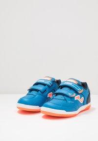 Joma - TOP FLEX JUNIOR - Futsal-kengät - blue - 3