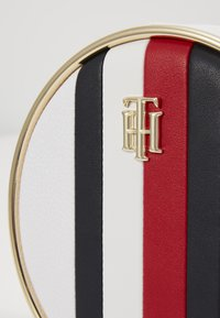 Tommy Hilfiger - STATEMENT CROSSOVER - Across body bag - white - 2