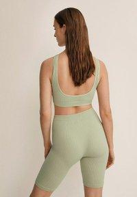 Mango - Shorts - vert menthe - 2