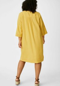 C&A - Day dress - yellow - 1