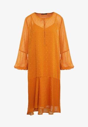 MARIAH MADELINE DRESS - Day dress - sundan brown