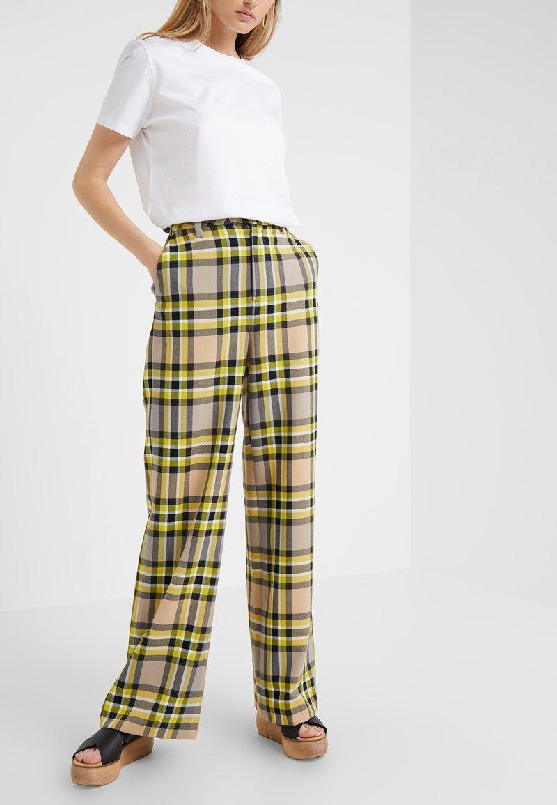 CLOSED - LYN - Trousers - lemon peel
