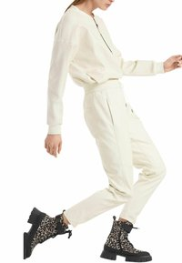 Marc Cain - Tracksuit bottoms - offwhite - 0