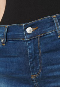 LTB - FALLON - Flared Jeans - talia wash - 5