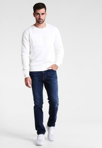 Mustang - TRAMPER - Slim fit jeans - stone washed - 1