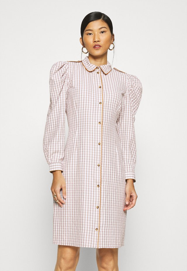 ALISHA DRESS - Shirt dress - wood