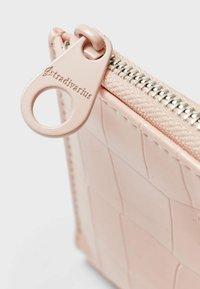 Stradivarius - Wallet - mottled light pink - 4
