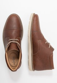 Clarks - GRANDIN TOP - Casual lace-ups - tan - 1