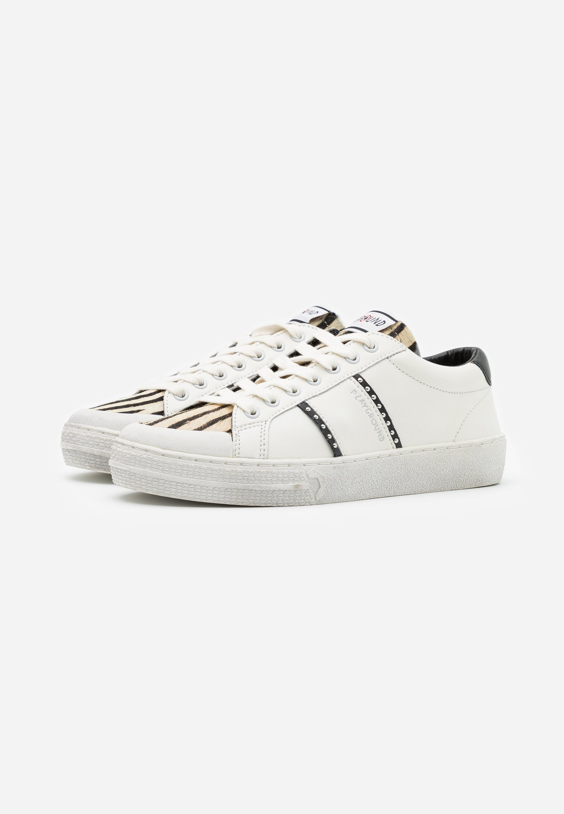 Moa - Master Of Arts Triks Sneakers White
