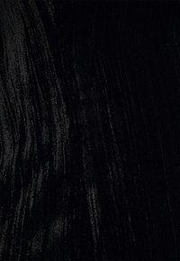 Who What Wear - SQUARE NECK MINI DRESS - Shift dress - black - 4