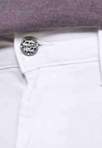 Only & Sons - ONSPLY LIFE  - Denim shorts - white denim - 5