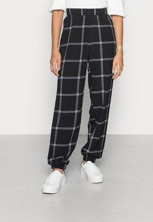 ONLNOVA LUXLOUNGE PANT - Trousers - black