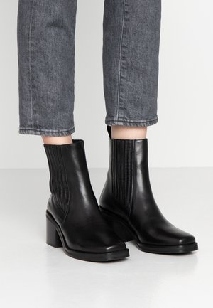 Classic ankle boots - sierra