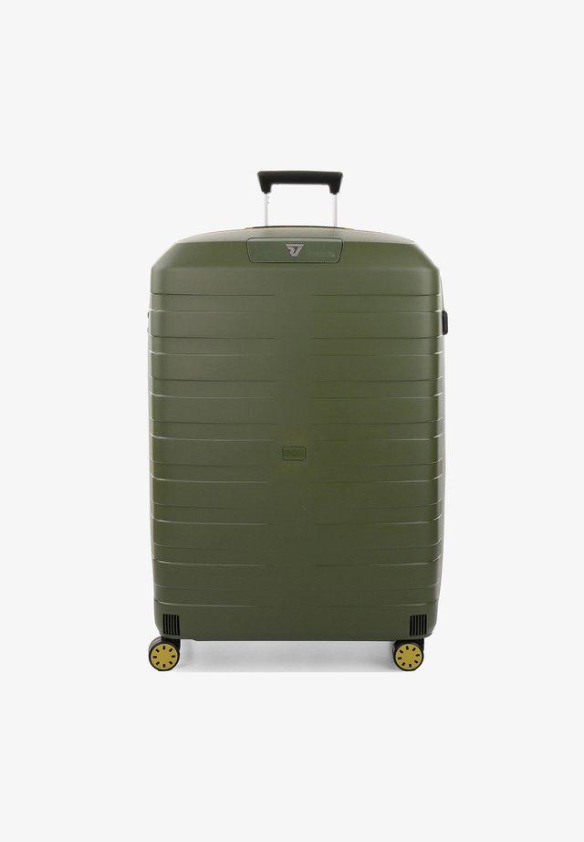 Wheeled suitcase - kiwi