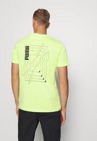 Puma - DEPTH TEE - T-shirt print - sharp green - 2