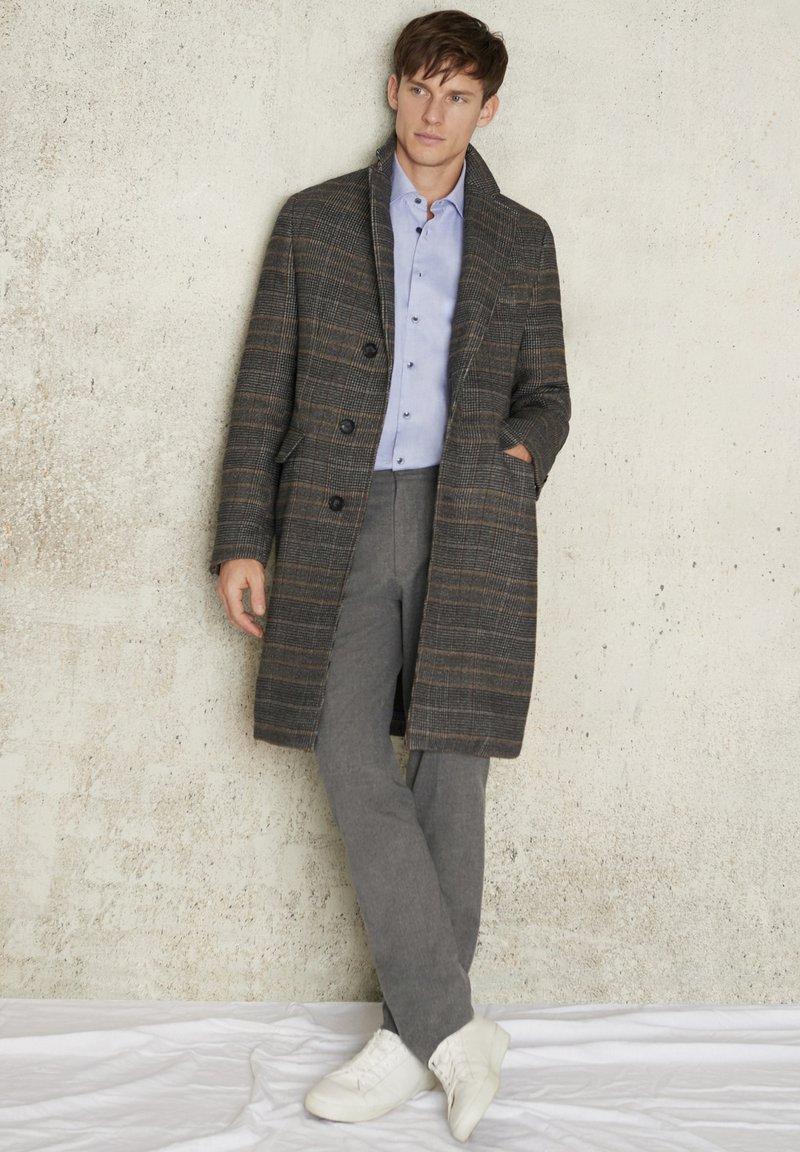 Daniel Hechter - Ultrasoft Mantel - Classic coat - dunkelgrau