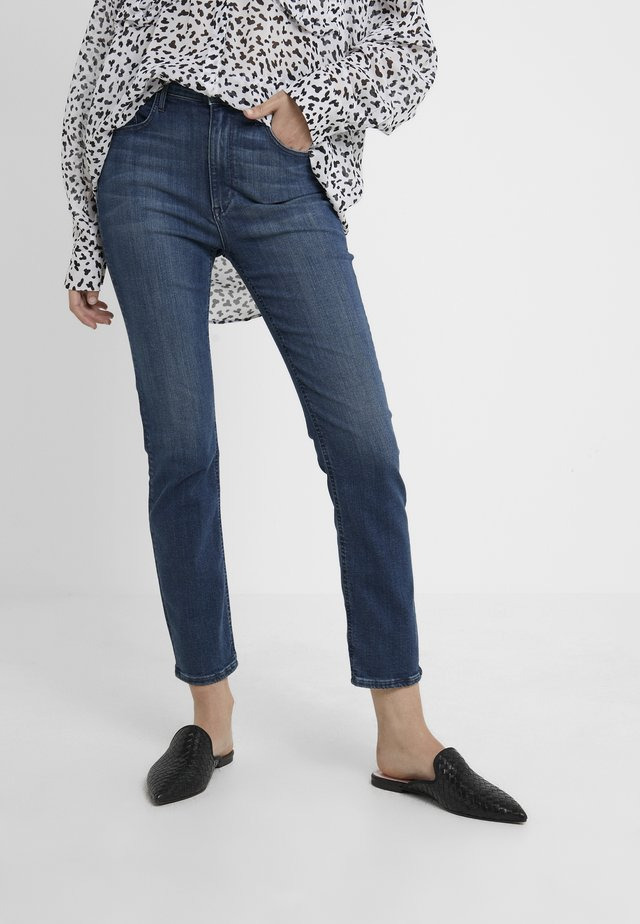 COLETTE CORE - Jeansy Straight Leg - odette