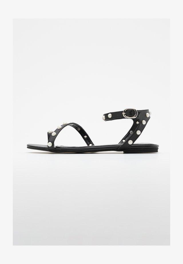 T-bar sandals - siyah