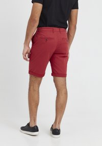 Tailored Originals - ROCKCLIFFE - Shorts - red - 2
