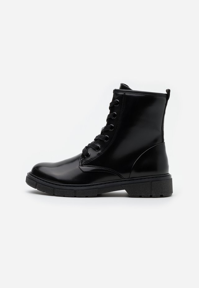 BOOTS - Veterboots - black brush