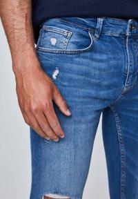 PULL&BEAR - Jeans Skinny Fit - dark blue - 4