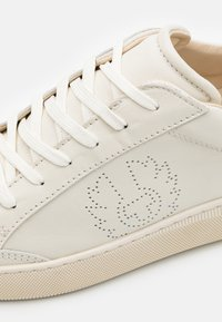 Belstaff - TRACK - Trainers - clean white - 5