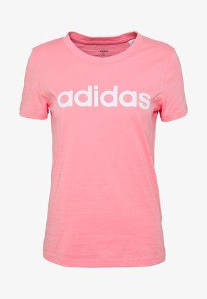 ESSENTIALS SPORTS SLIM SHORT SLEEVE TEE - Camiseta estampada - pink/white