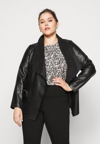Dorothy Perkins Curve - WATERFALL JACKET - Faux leather jacket - black - 0