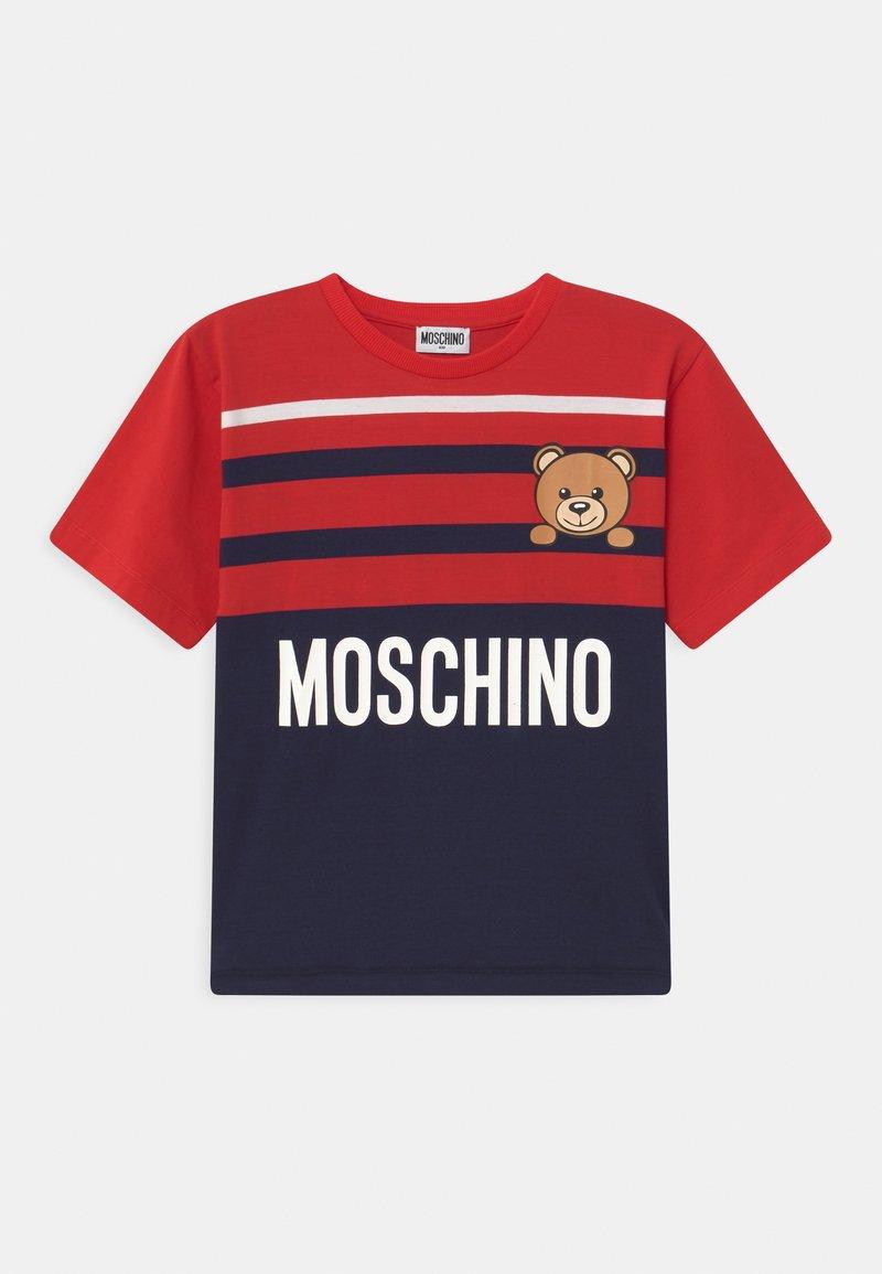 MOSCHINO - MAXI UNISEX - Print T-shirt - poppy red/blue navy