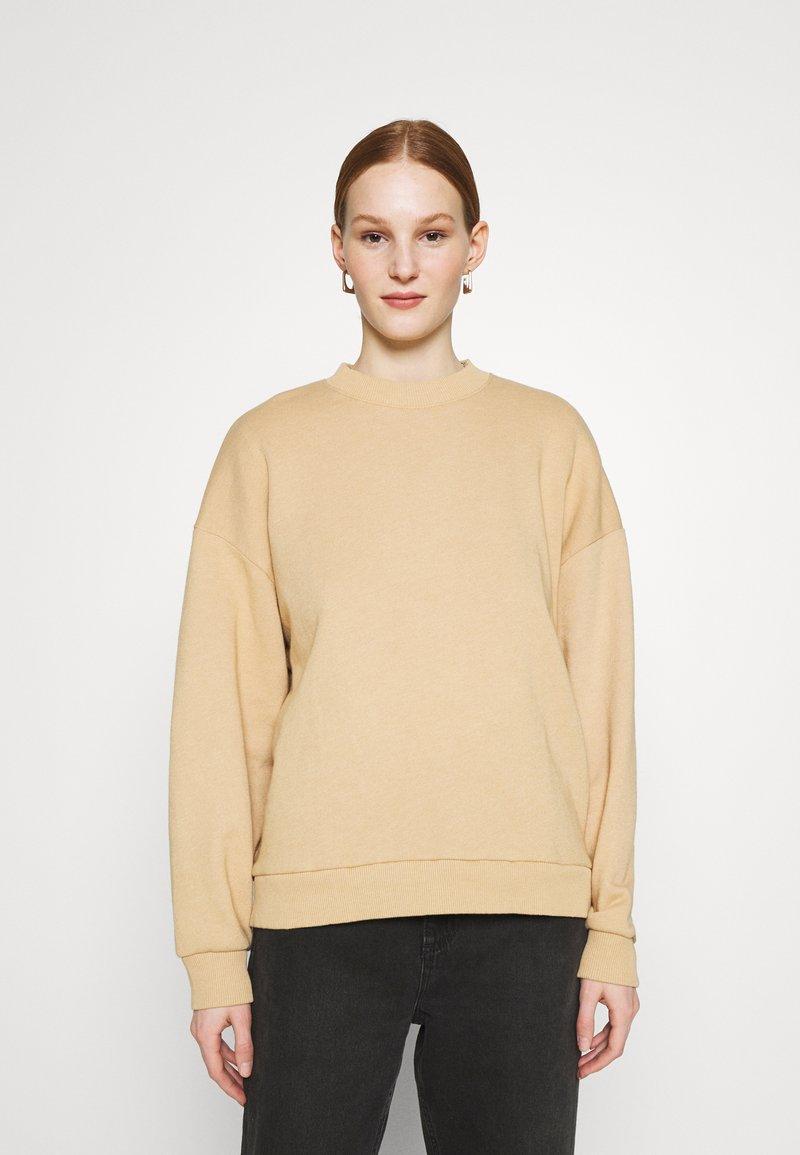 American Eagle - KEY ITEM CREW  - Sweatshirt - golden