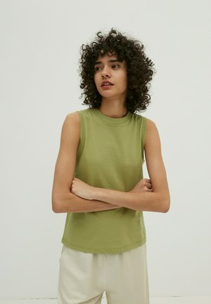 JANET - Top - oliv