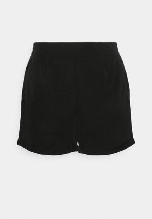 VMBIBI - Shorts - black
