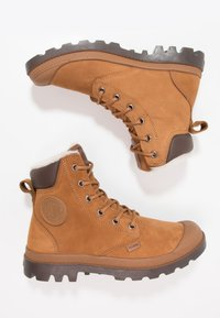 Palladium - PAMPA SPORT WATERPROOF SHEARLING - Snowboots  - mahogany/chocolate - 1