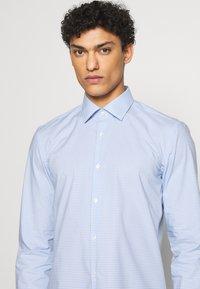 HUGO - KENNO  - Camicia - light/pastel blue - 5
