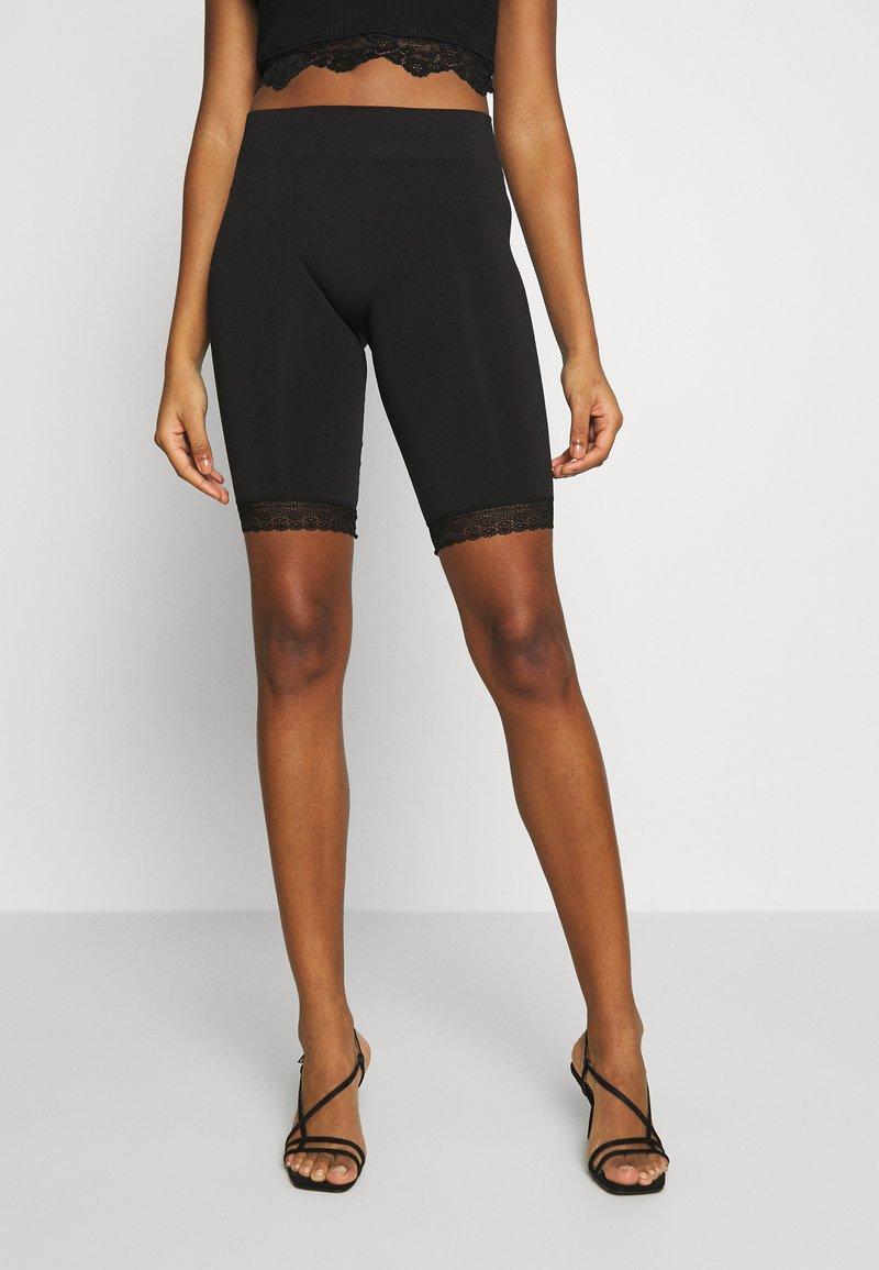 Noisy May - NMNAYA - Shorts - black