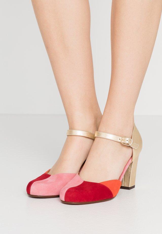 UNELU - High heels - cherry/rojo/russo/oro