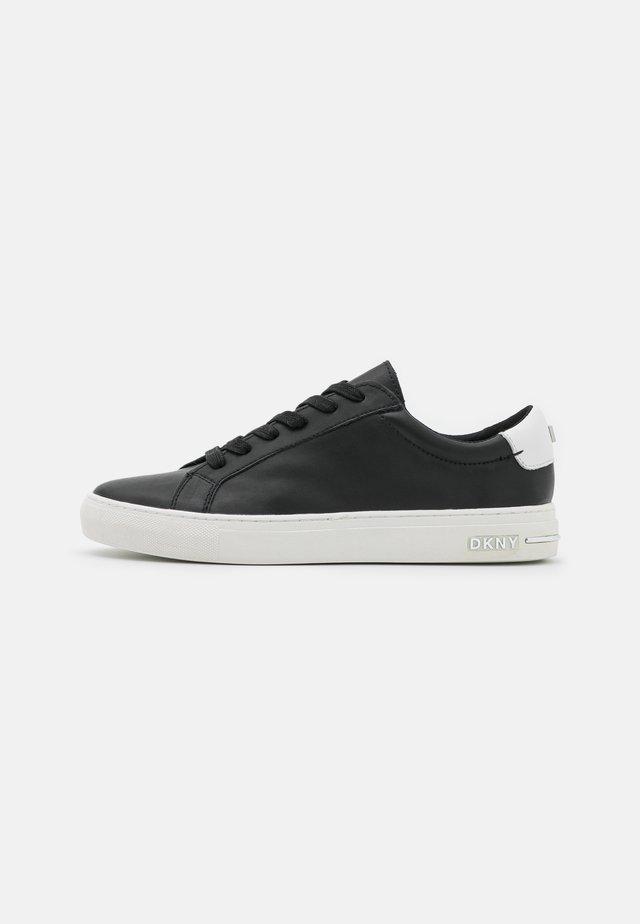COURT - Sneakersy niskie - black