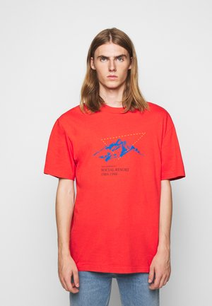 BOXY TEE - T-shirt imprimé - faded red