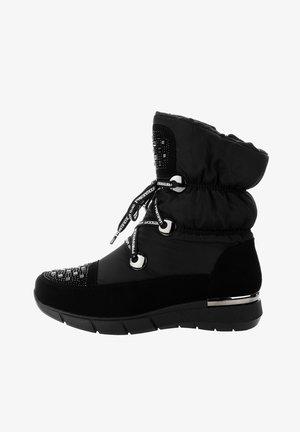 VESTEA - Bottes de neige - black