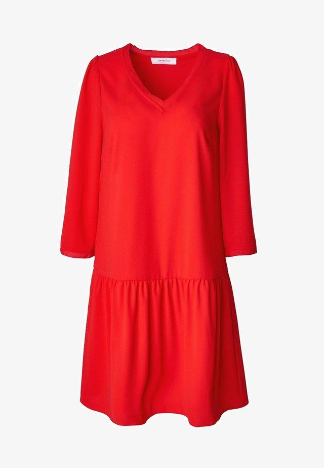 COL V - Robe d'été - rouge