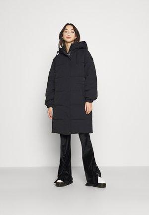 LONG PUFFER - Light jacket - black