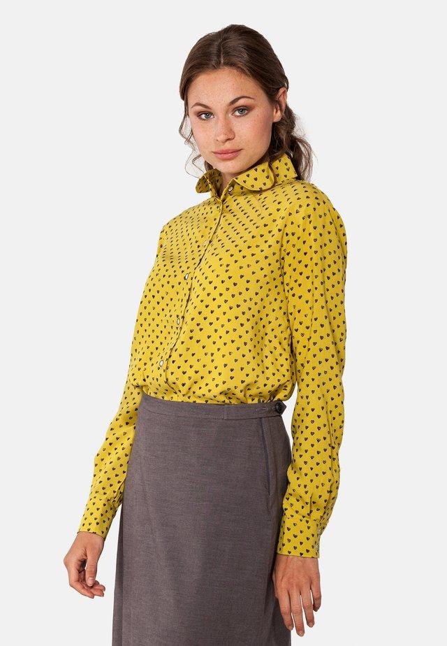 MIT PRINT  - Button-down blouse - gelb