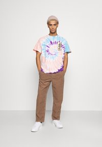 BDG Urban Outfitters - PANT - Tygbyxor - taupe - 1
