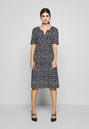ISOBEL DRESS - Denní šaty - blue